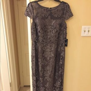 Adrianna Papell long formal gown size 8.